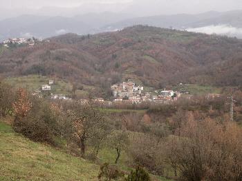 Rometta nestling in the river valley